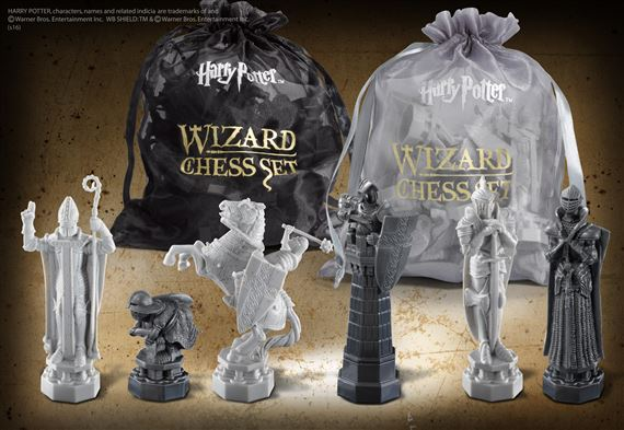 Harry Potter Wizard Chess Set Noble Collection NN7580 Gift Chess