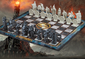 Lord Of The Rings™ Chess Set: Battle For Middle-Earth